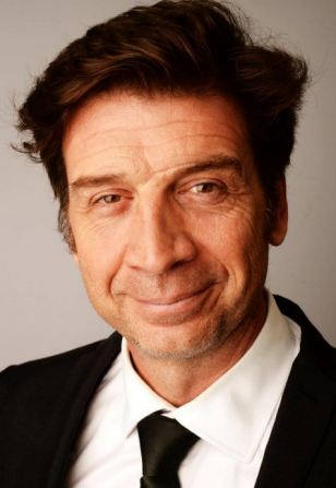 'People think I need plastic surgery!': TV presenter Nick Knowles takes our health quiz