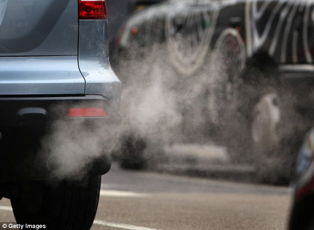 Entire global population exposed to too much air pollution